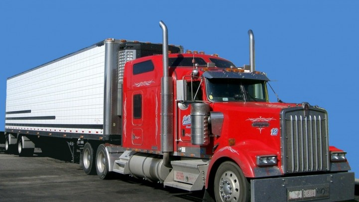 Stay Safe on the Road – Prevent Truck Accidents